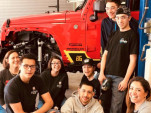 Santa Fe auto-tech students with their custom-Jeep project | SEMA