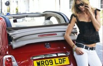Supermodel Elle MacPherson with Fiat 500C in London