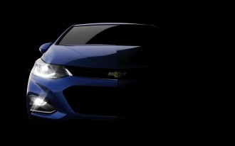 2016 Nissan Maxima, 2016 Chevy Cruze, 2016 Toyota Mirai: What's New @ The Car Connection