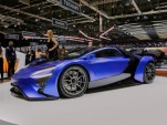 Supercars stampede toward hybrids, electric power: Geneva roundup