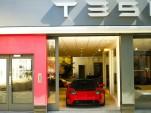 Tesla opens European flagship store in London