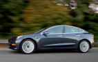 Tesla chief vehicle engineer not returning from leave of absence