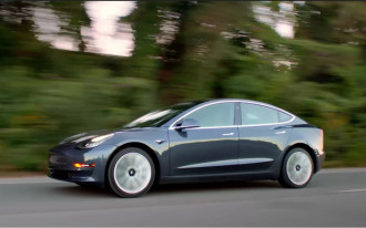 "2018 Tesla Model 3 scores ""Superior"" rating for its crash-avoidance tech"