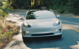Tesla turns to local machine shops to fix parts before they're installed on new cars