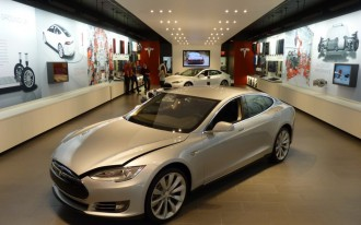 Tesla 1, Dealers 0: Judge Tosses Lawsuit Against Electric Car Company