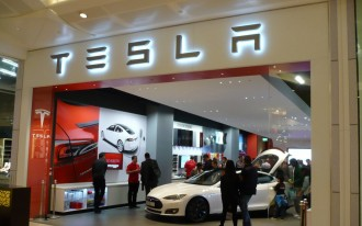 Musk vs. Christie: Tesla Sues New Jersey For The Right To Sell Cars