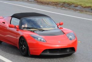 Californians: Buy a 2010 Tesla Roadster, Get $12,500 Off!
