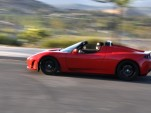Tesla Plays Cautiously, Recalls 439 Roadsters Over Potential Fire Risk