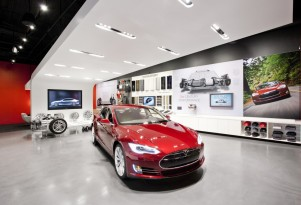 Injunction To Shut Tesla Store Denied In MA, Dealers To Fight On