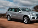 The Mercedes ML350 BlueTec replaces the current ML320 for 2010