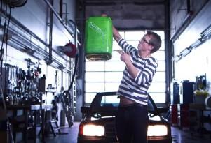 Freaky Friday: Veggie Diesel Mercedes 190 Spawns Bad Rap Video