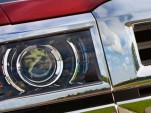 The projector-beam headlamps of the 2014 Chevrolet Silverado 1500