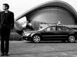 Thieves steal secrets on German Chancellor's armored limo