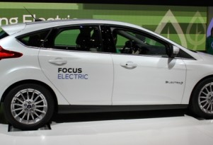 """Ford To Facebook Fans: """"How Should The 2012 Focus Electric Sound?"""""""