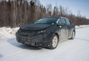 Toyota FCV Hydrogen Fuel-Cell Test Cars, Concept Shown At CES