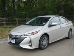 2017 Toyota Prius Prime real-world gas mileage, electric range review