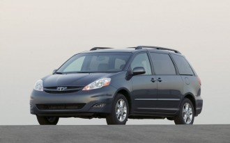 2004-2011 Toyota Sienna Minivan Recalled; May Drop Spare Tires on Road