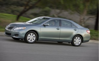 Toyota Installing Brake Override System To Counter Unintended Acceleration