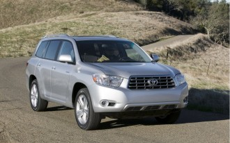 2010 Toyota Highlander: Now With A Frugal Four-Cylinder