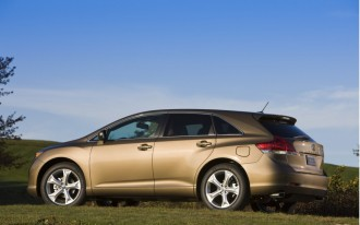 Bluetooth, iPod Connectivity Expanded In 2010 Toyota Venza
