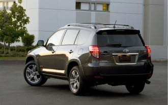 2010 Toyota RAV4 Sport: Cleaner Look, More Convenient Layout