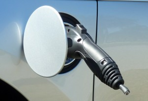 Chevy Volt Charging Cord Cut: Angry Neighbor, Electric-Car Hater?