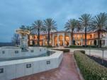 Villa in Fairfield, CA has a 100-car garage