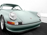 Voitures Extravert Porsche 911 turned electric car