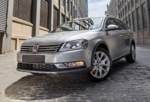 Volkswagen Alltrack Concept  -  2012 New York Auto Show
