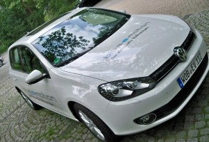 Volkswagen Golf Blue-e-motion: Prototype Drive Report (Video)