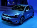 2015 Volkswagen e-Golf Electric Car: Los Angeles Auto Show Video