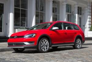 2017 Volkswagen Golf Alltrack wagon debuts for NY Auto Show