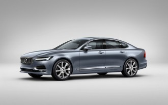 2017 Volvo S90 Comes With Animal Detection & Its Own Version Of Autopilot