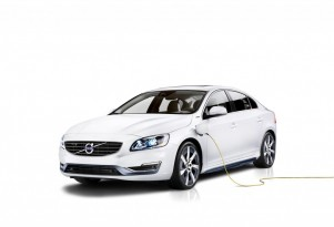 Volvo Previews S60 Gasoline Plug-In Hybrid At Beijing Auto Show