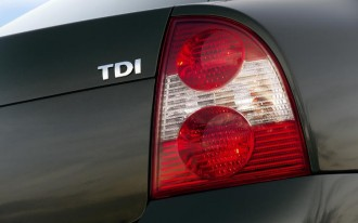 Volkswagen Dieselgate Update: Shareholders Sue, South Korea Investigates, Bosch Defends