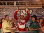 Wilson celebrates the Texas way - courtesy IZOD IndyCar Series LAT USA